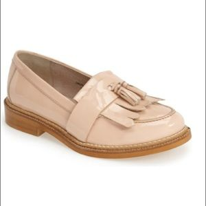 "TOPSHOP ""Krome"" Patent Leather Loafers in Nude"